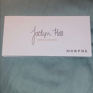 Morphe/Jaclyn hill armed and gorgeous